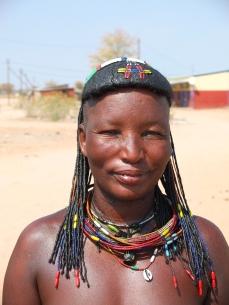 Namibië himba vrouw traditioneel